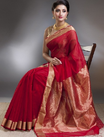 2.-Red-silk-cotton-chanderi-saree-with-golden-border1